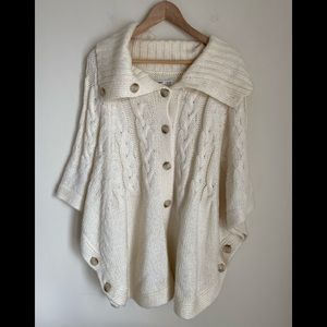NWOT Old Navy Cable knit cape cardigan